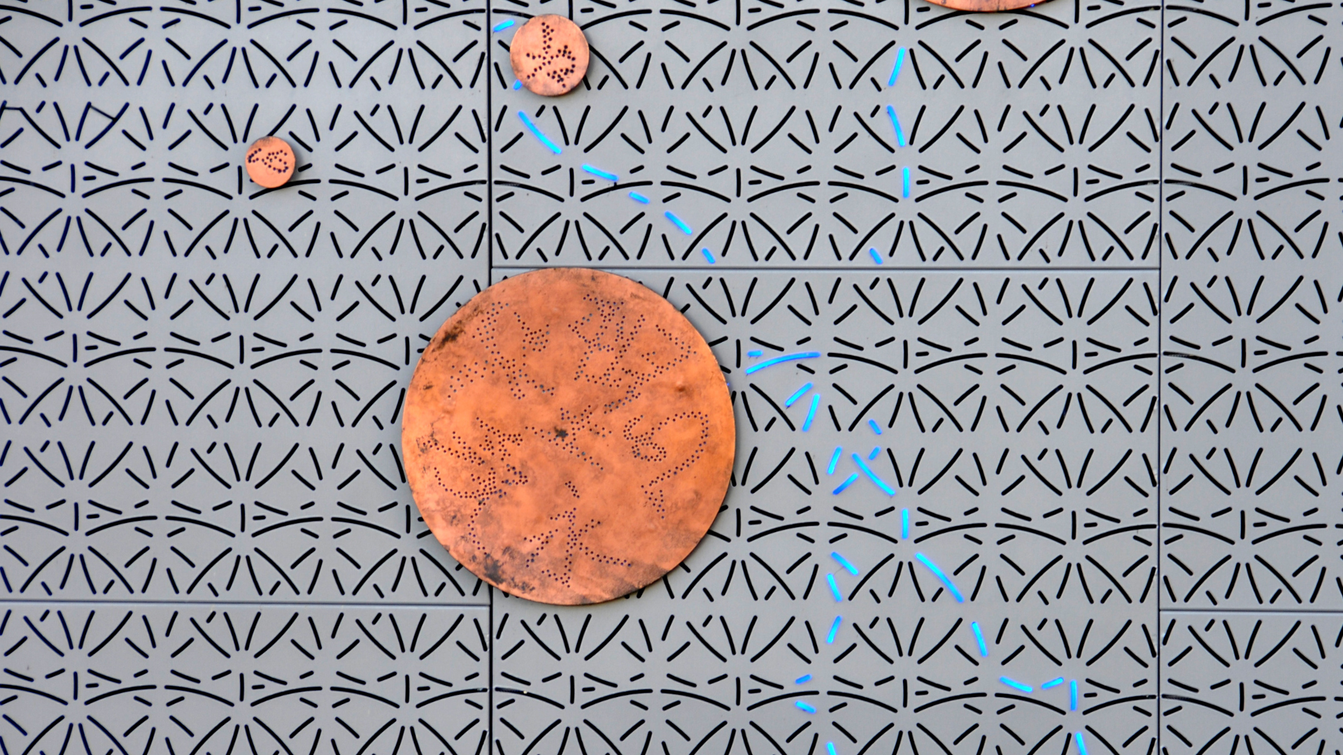 Detail-perfo-perforation-panel-allpro-copper